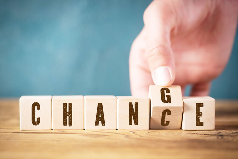 ホームページ制作会社を変更する際に注意すべきポイント
