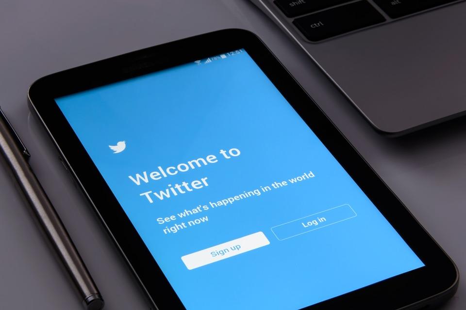 BtoB企業におけるTwitterの活用方法とおすすめのアカウントをまとめました!